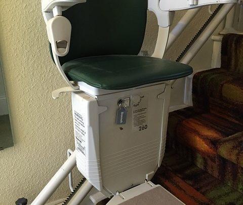 Le fauteuil monte-escalier: est-ce vraiment nécessaire?